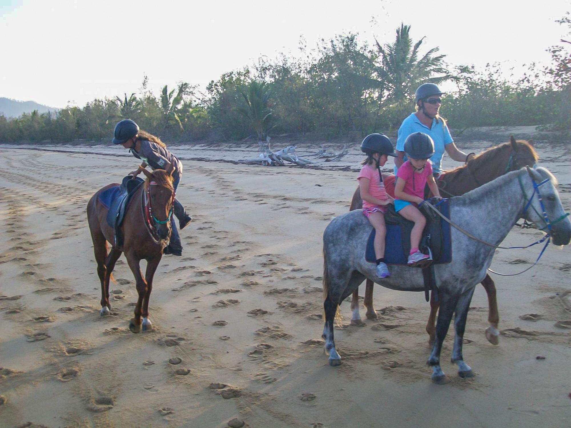 beach-horse-riding-1