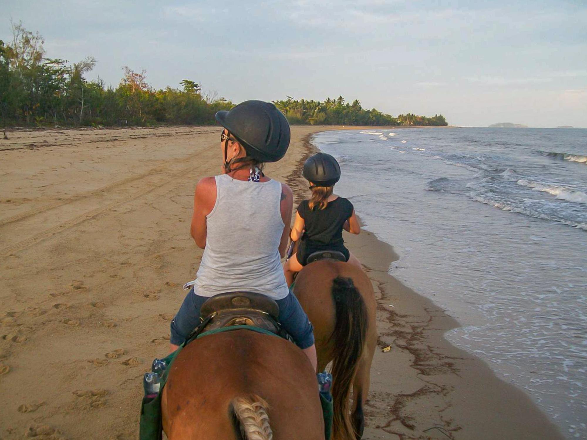 beach-horse-riding-4