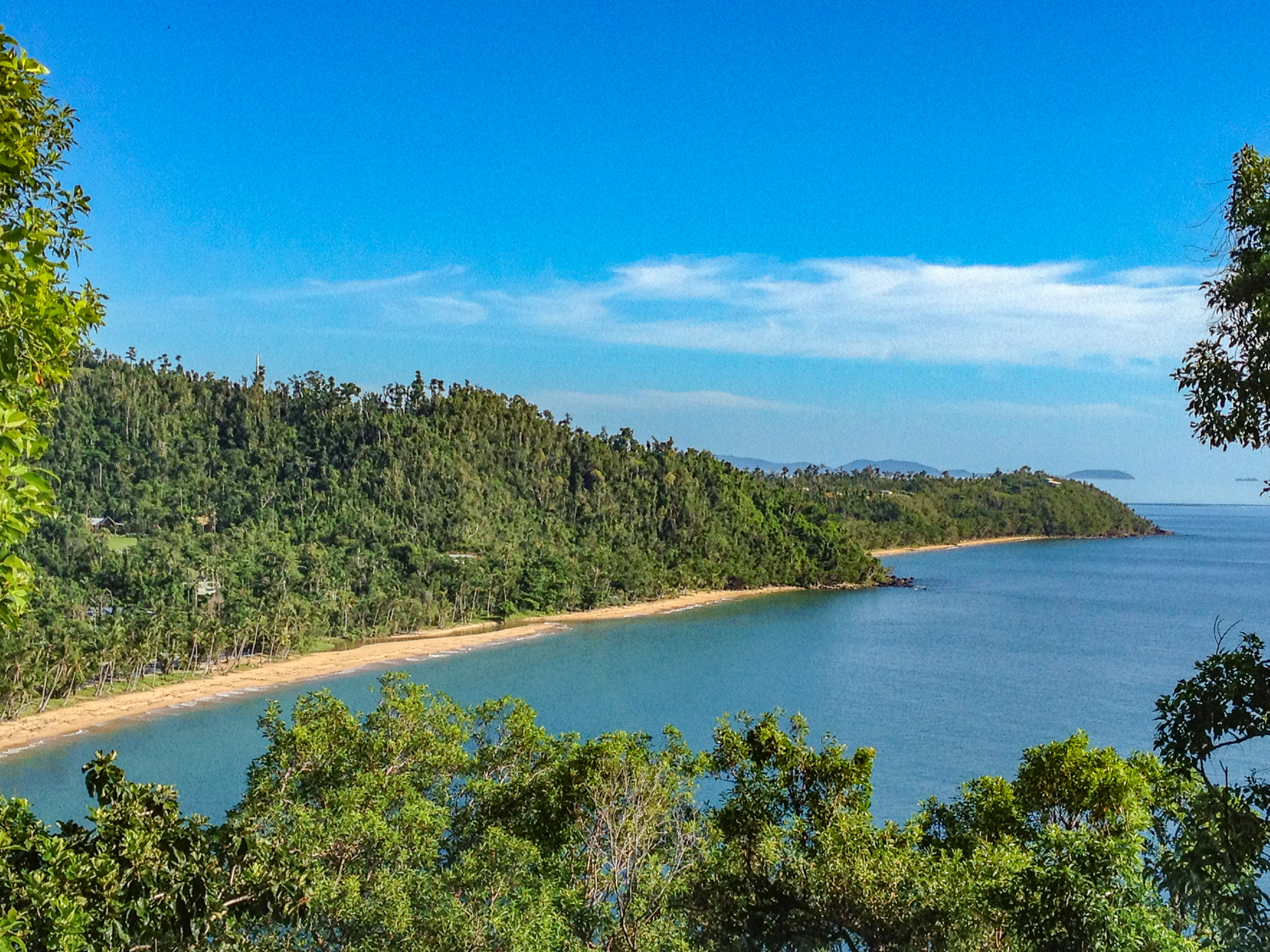 bicton-hill-mission-beach-8