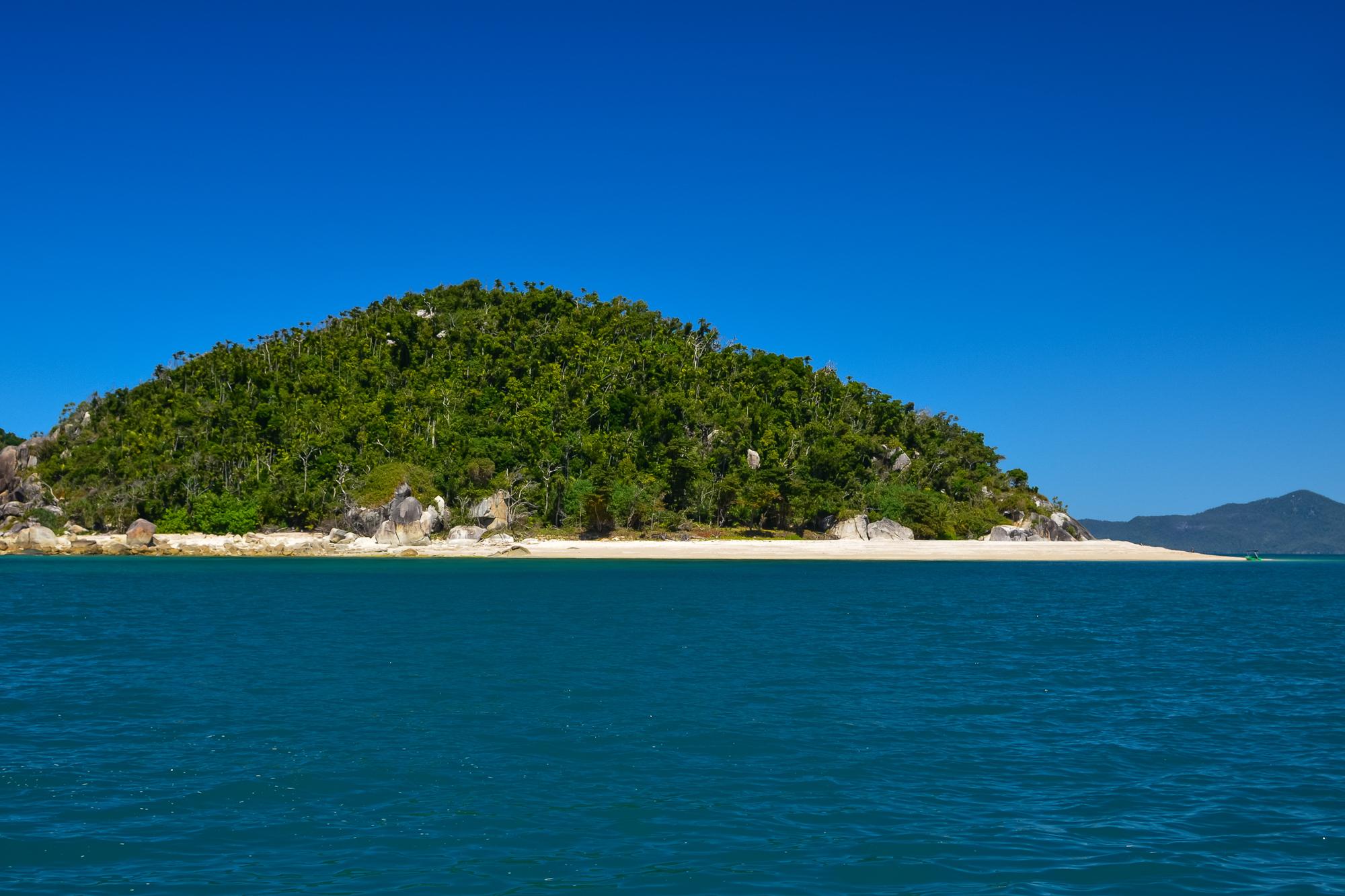 bowden-island-mission-beach-2